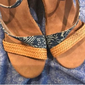 Toms Blue Printed Wedges